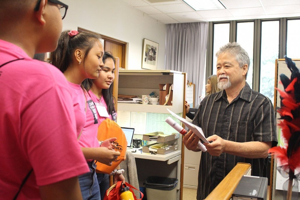 Rep. Takumi meets with youth advocates